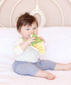 Baby-Rassel Eiscreme Matcha
