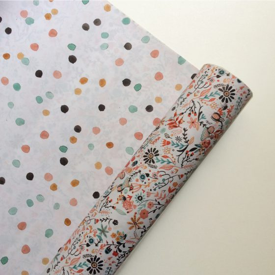 Geschenkpapier Dots/Blumen, Bär von Pappe
