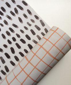 Geschenkpapier Striche/Karo, Bär von Pappe