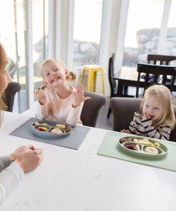 Silikon Teller, haftet auf dem Tisch, Happy Mat, ezpz