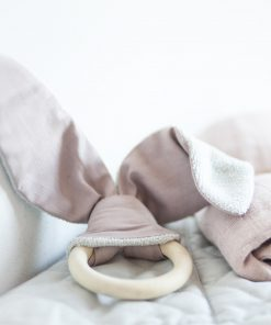 Holz-Beißring Hase rosa Cute Bunny, Swaddle/Mulltuch Mauve, Fabelab