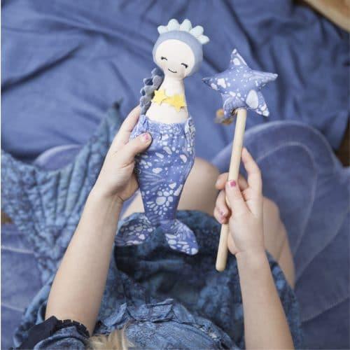 Puppe und Zauberstab Meerjungfrau, Fabelab