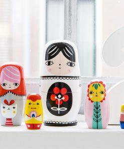 Matrjoschka/Nesting Dolls Fleur and Friends, Psikhouvanjou/Petit Monkey